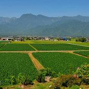 池田町から有明山を望む