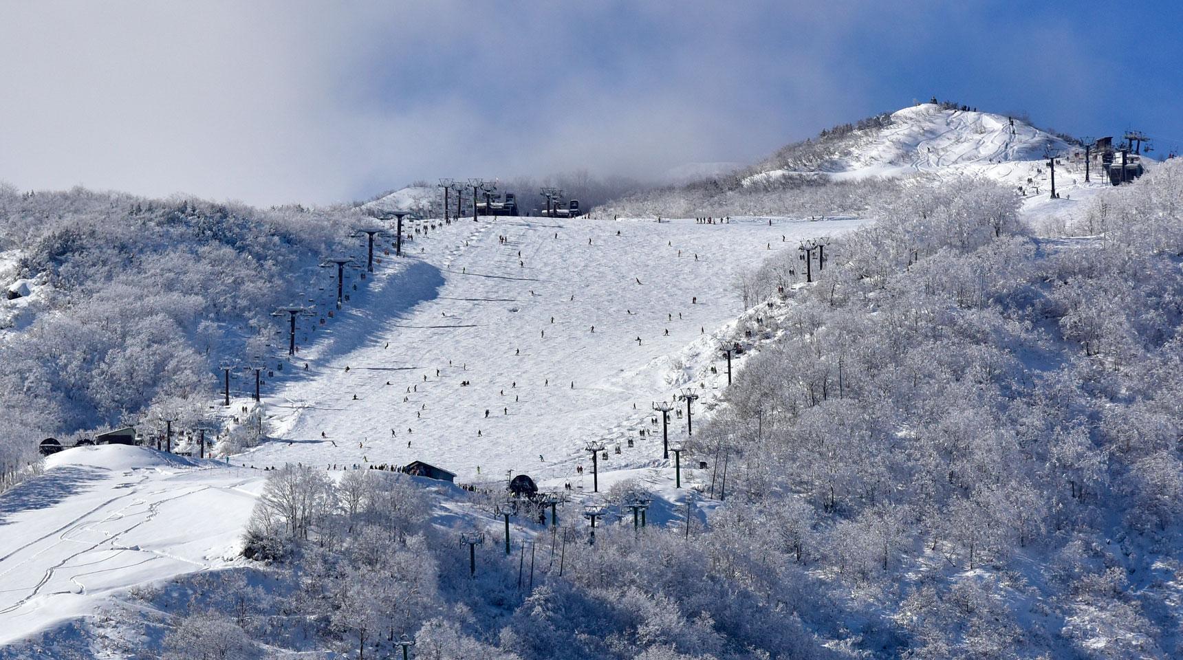 スライド82 白馬村五竜 冬季シーズンイン